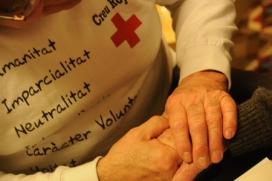Creu Roja al Vallès Oriental té un programa que dóna suport a persones majors de 65 anys.