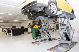 La Fundació Llindar disposa d'una branca de formació en automoció