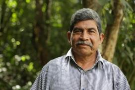 El líder indígena guatemaltenc Rodrigo Tot defensa  els drets sobre la terra de la comunitat Q'eqchi