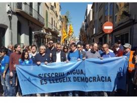 Els moviments socials per l'aigua reclamen el dret humà a l'aigua a escala local, europea i mundial