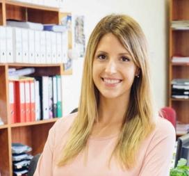 Mireia Tenorio, tècnica en gestió de persones de Càritas Girona.