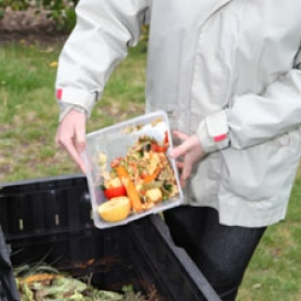 Compostar és una forma de reduir residus i recuperar la matèria orgànica