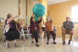 El projecte fa referència a serveis d'atenció i acompanyament a gent gran i gestió de residències, entre molts altres.