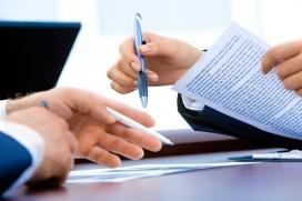 Aquest servei permet les entitats consultar, de forma personalitzada, els seus dubtes relacionats amb l'àmbit jurídic.