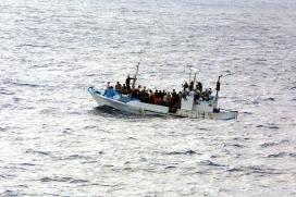 Naufragi de persones refugiades.
