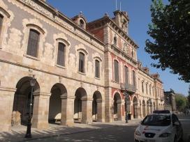 Façana de l'edifici del Parlament