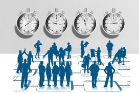 El registre de la jornada horària segueix sent obligatori per a les persones treballadores a temps parcial i per a les que facin hores extraordinàries. Pixabay