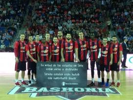 L'equip de bàsquet d'Àlaba se solidaritza amb la campanya