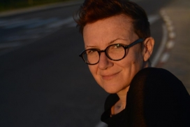 Brigitte Vasallo és una escriptora i activista, centrada en la islamofòbia, la interseccionalitat, el gènere i el racisme.