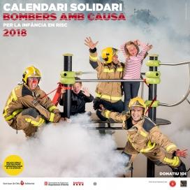 Portada del calendari 'Bombers amb causa 2018'