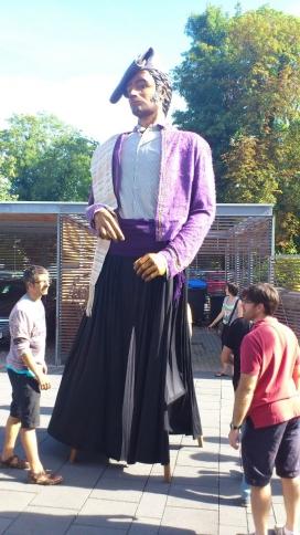 La colla celebrarà el 30è aniversari en una festa d'estrena de la nova indumentària del gegant.