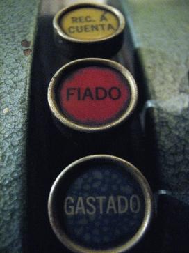 Comptabilitat. Font: Gustavo_Iu7frb (Flickr)