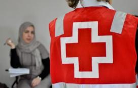 L'equip tècnic de la Creu Roja dóna suport a les persones refugiades. Font: Creu Roja Sabadell