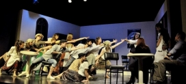 """""""Dancing Queen"""" de la Companyia del Centre Cultural i Recreatiu de Pineda de Mar, en una edició anterior de la mostra. Font: nuvol.com"""