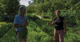 Comunitats que  troben  resposta a les necessitats amb  l'agricultura ecològica (imatge: karmafilms.es)