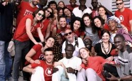 Voluntariat de l'ONG Dentistas Sobre Ruedas. Font: DsR