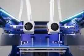 Descobreix les impressores 3D amb doble extrusor. Imatge Punt Multimèdia.
