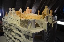 La maqueta de la Pedrera permet que les persones cegues puguin imaginar-se l'edifici a través del tacte