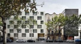 Futur edifici amb 49 pisos de gent gran i 15 habitatges temporals per famílies (Font: Ajuntament de Barcelona)