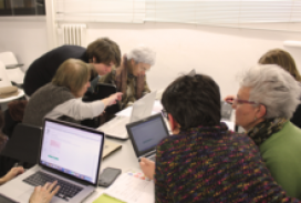 Dones editant la Viquipèdia a Les Corts