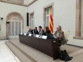 Pigrau, a la dreta, en una taula rodona organitzada per l'ICIP. Font: ICIP