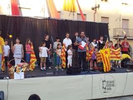 Entrega del premi La Flama, organitzat per l'agrupació de sardanistes de Navàs (Font: navas.cat)