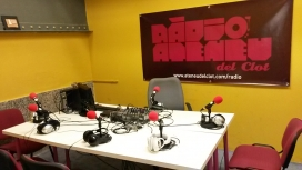 Estudi de Ràdio Ateneu del Clot (font: Ràdio Ateneu del Clot)