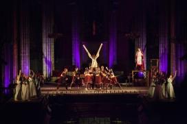 Imatge de l'espectacle Eulàlia de l'Esbart Ciutat Comtal. Imatge: ECC