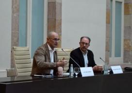 """El conseller Raül Romeva al Parlament, durant la jornada """"Empreses i Drets Humans"""". Font: Generalitat"""
