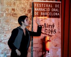 Isabela Méndez actuant al Munt de Mots 2011