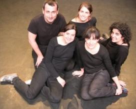 L'equip de Nus Teatre i Acció Social, una de les entitats que ha dissenyat el curs. Font: Nus Teatre i Acció Social