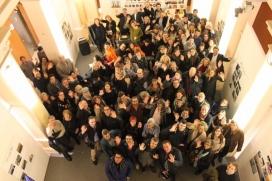 Fotografia de grup per commemorar l'aniversari de l'entitat