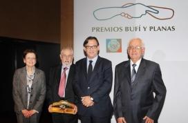 Els germans GIrbau reben el premi Joan Planas ( Ajuntament de Vic)