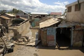 Gonaives, zona d'Haití devastada per un huracà l'any 2008. Font: Wikimedia