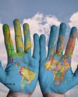 Curs 'Conflictes armats, construcció de la pau i cooperació internacional'. Font: Pixabay