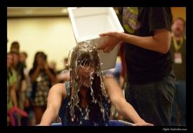 Ice Bucket Challenge. Font: Kyle Nishioka (Flickr)