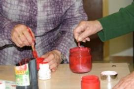 Les persones voluntàries són les encarregades d'acompanyar-los i organitzar diferents activitats lúdiques. (Font: fundaciolavinya.org)