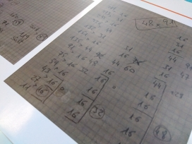Les revesses són enigmes musicals per resoldre matemàticament.