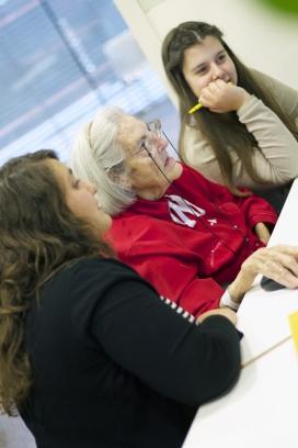 Voluntariat amb gent gran (Font: FAS)