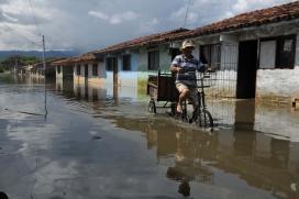 Inundacions a Colòmbia. Font: Presidència de la República d'Equador, Flickr