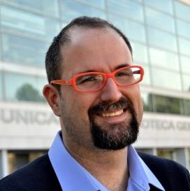 Josep Àngel Guimera, professor i investigador de la UAB, expert en mitjans comunitaris. Font: Grupo Daniel Jones