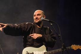 L'artista Joan Miquel Oliver en concert.