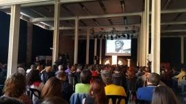 900 persones van assistir a l'entrevista a Leila Khaled a Fabra i Coats, Barcelona.