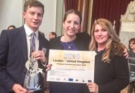 Moment del nomenament de Londres com a Capital Europea del Voluntariat 2016. Font: Team London