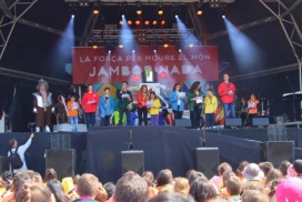 Lectura del Manifest a la Jamborinada per part dels infants i joves