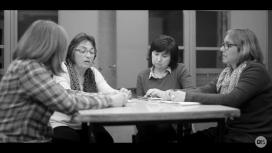 Núria Gonzàlez, la segona per l'esquerra, en una imatge del reportatge 'Mares en lluita', de Districte15