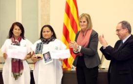 Lliurament del premi a les mares de Soacha (any 2012). Font: ICIP