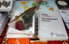 Rosa i llibres parada Sant Jordi