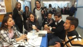 "Joves del projecte radiofònic ""Veus gitanes. Rromane Glasura"""