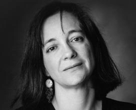 Maria Mercè Marçal (1952-1998) va ser poetessa, catedràtica d'institut de català, narradora, editora, traductora, activista política, cultural i feminista